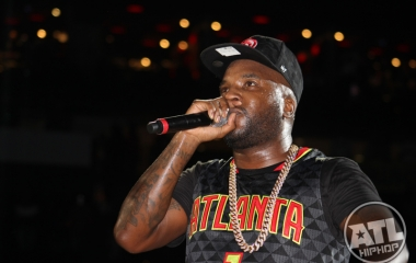 Young Jeezy performing at the Hawks game in Philips Arena